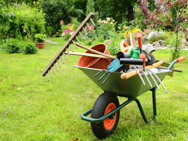 Garden services in hungerford newbury west berkshire for Garden maintenance tools